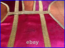 Red chasuble with stole and maniple Manipule Kasel Pianeta Vestment Messgewand